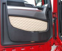 Výplň dveří Scania, DELUX koženka, béžová (sada L+P)