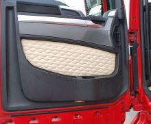 Výplň dverí Scania, DELUX koženka, béžová (sada L + P)