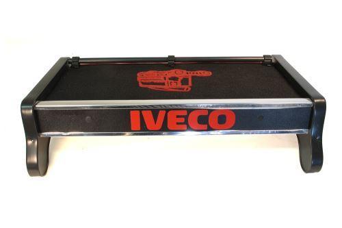 Polička středová Iveco Euro Cargo (do 03'), červená
